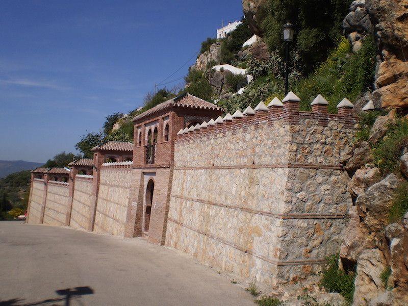 Puerta de m laga turismo comares el balc n de la axarqu a - Puertas de garaje malaga ...